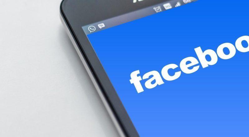 hvordan livestreame et event på facebook