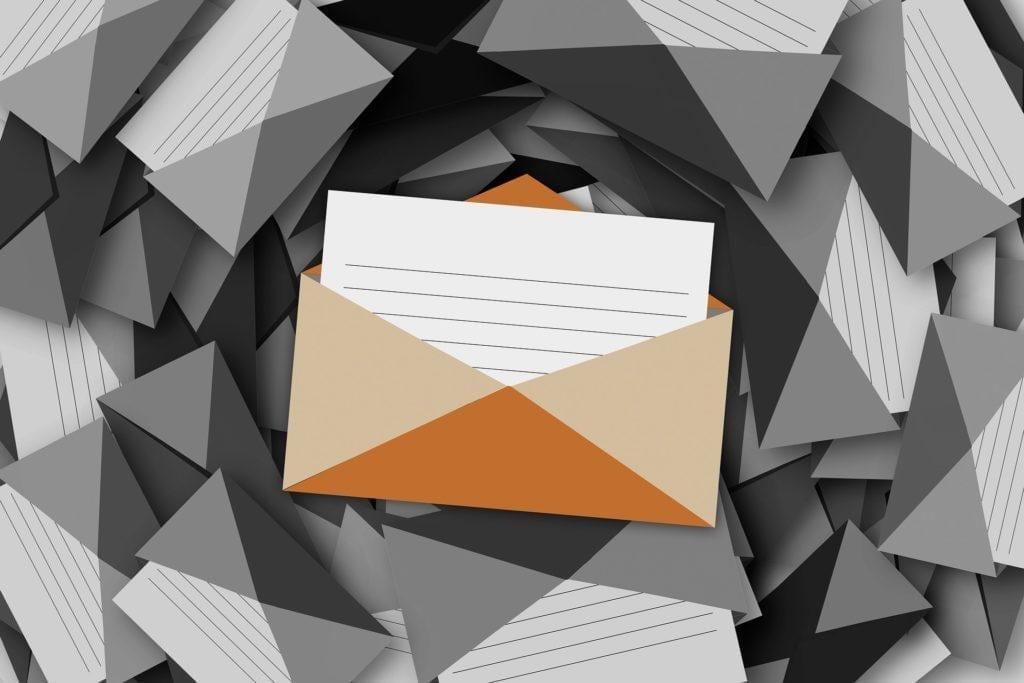 Slik distribuerer du din eventpressemelding: Bygg din egen e-postliste.